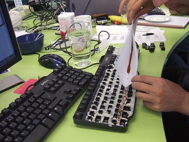 semillas-en-el-teclado.png