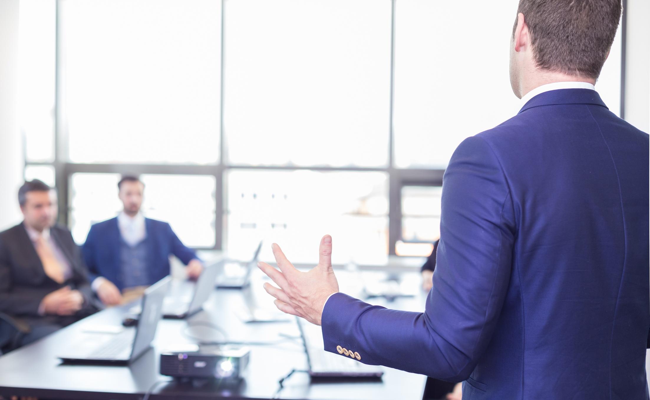 presentación en público negocios