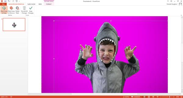 niño-disfraz-tiburon-ppt-areas-para-quitar-mantener.png