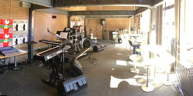linkedin-music-room.jpg