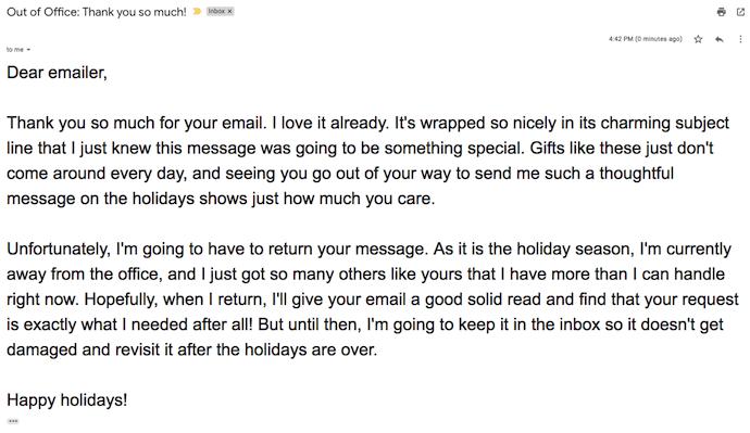 Respuesta automática en forma de tarjeta de agradecimiento