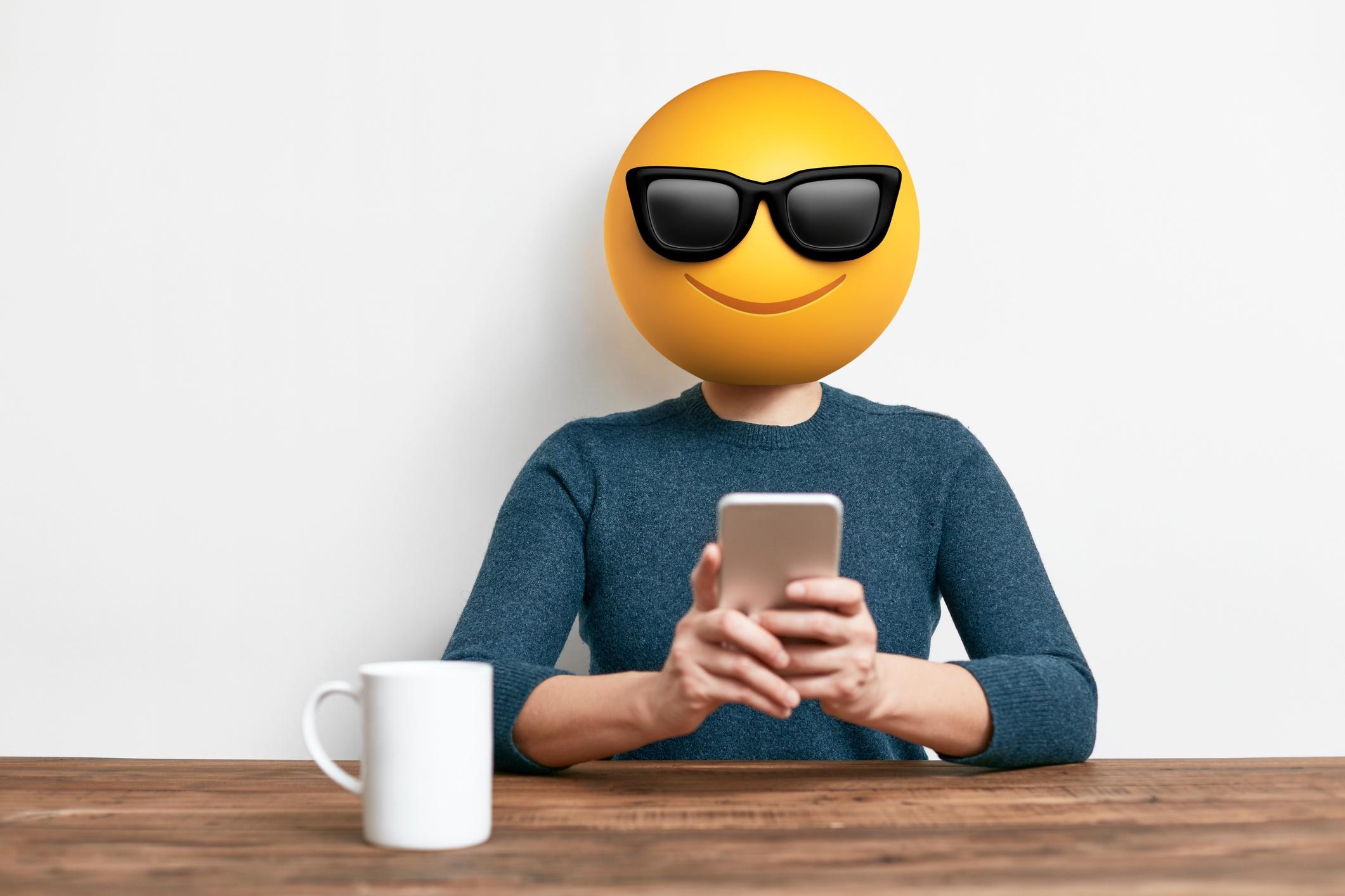¿Qué significan los emojis de Snapchat? 👻 😎