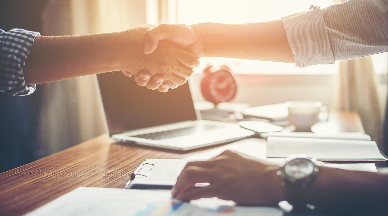 [Guía gratis] 7 Puntos que debes cubrir en la primer reunión con tu nuevo cliente