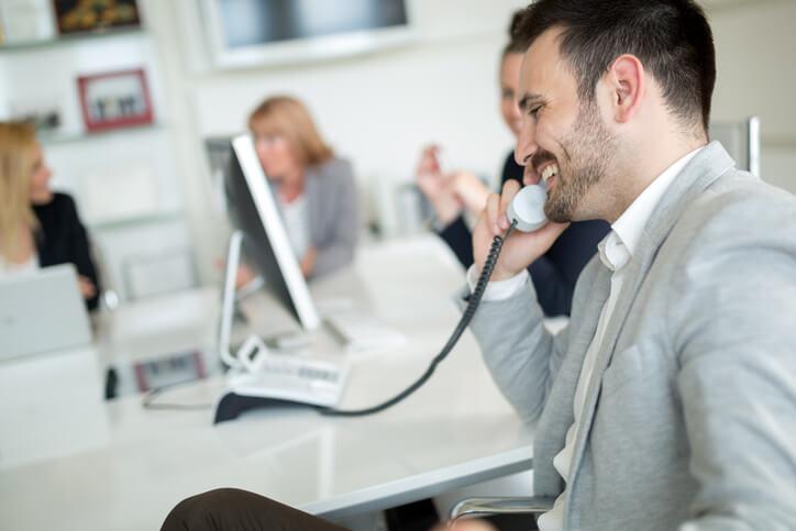 ¿Clientes ocupados? 9 formas de lograr que respondan tus mensajes