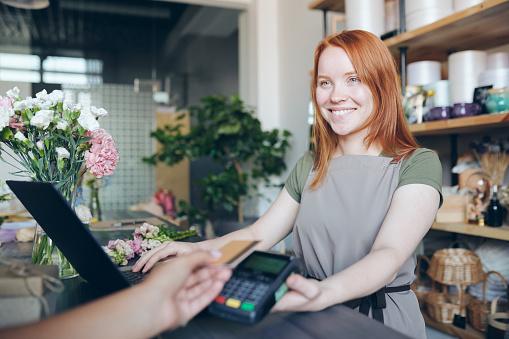 7 ejemplos de buena atención al cliente