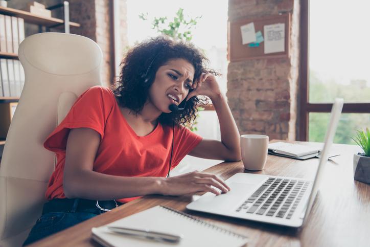 6 ejemplos de mala atención al cliente y cómo evitarlos
