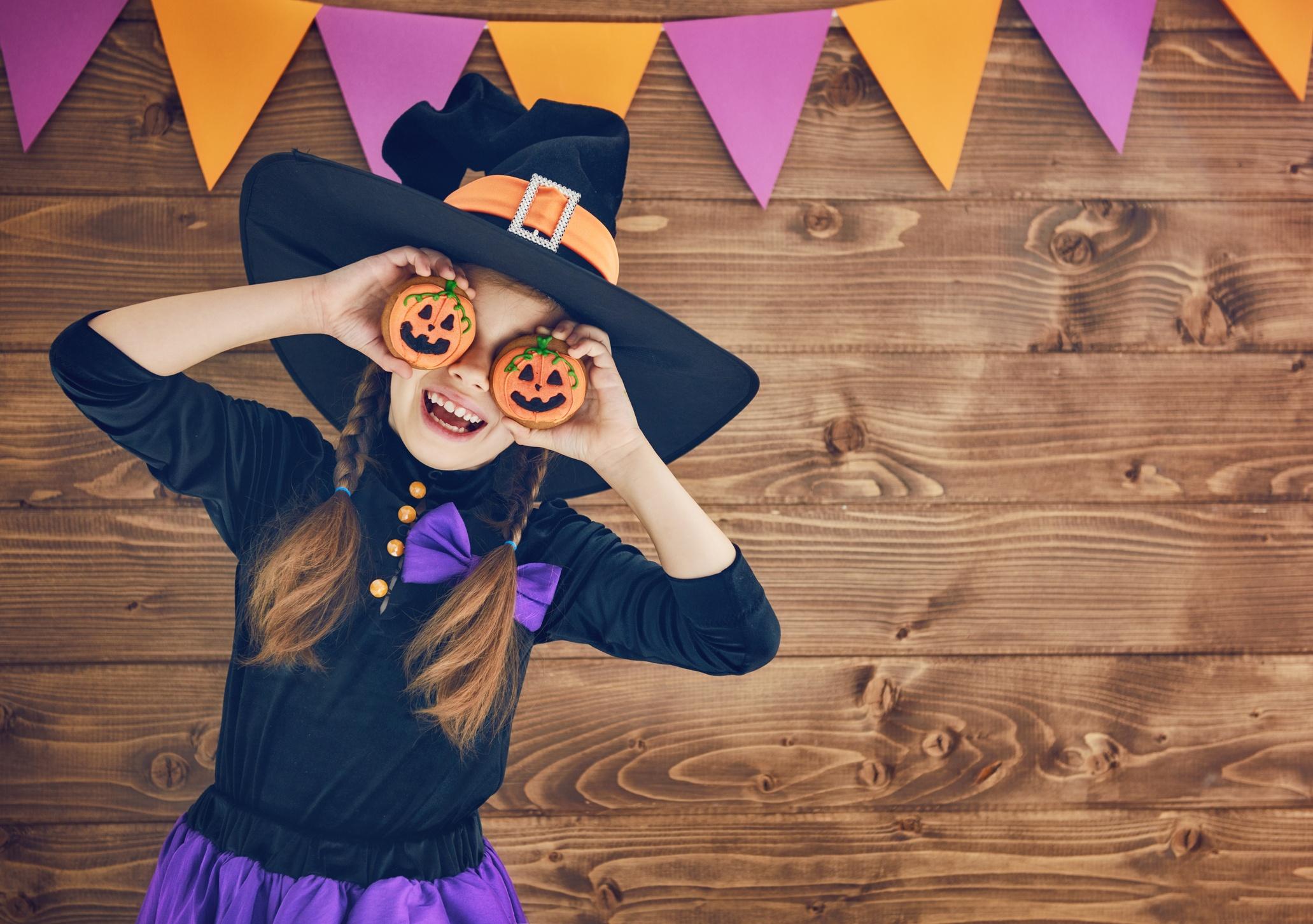 [Gratis] Imágenes de halloween, día de muertos y de otras fiestas para tus campañas
