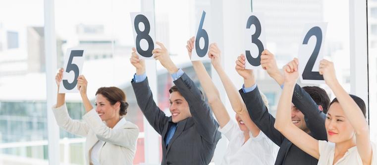 ¿Cuál es la diferencia entre la calificación predictiva y la calificación tradicional de oportunidades de venta?