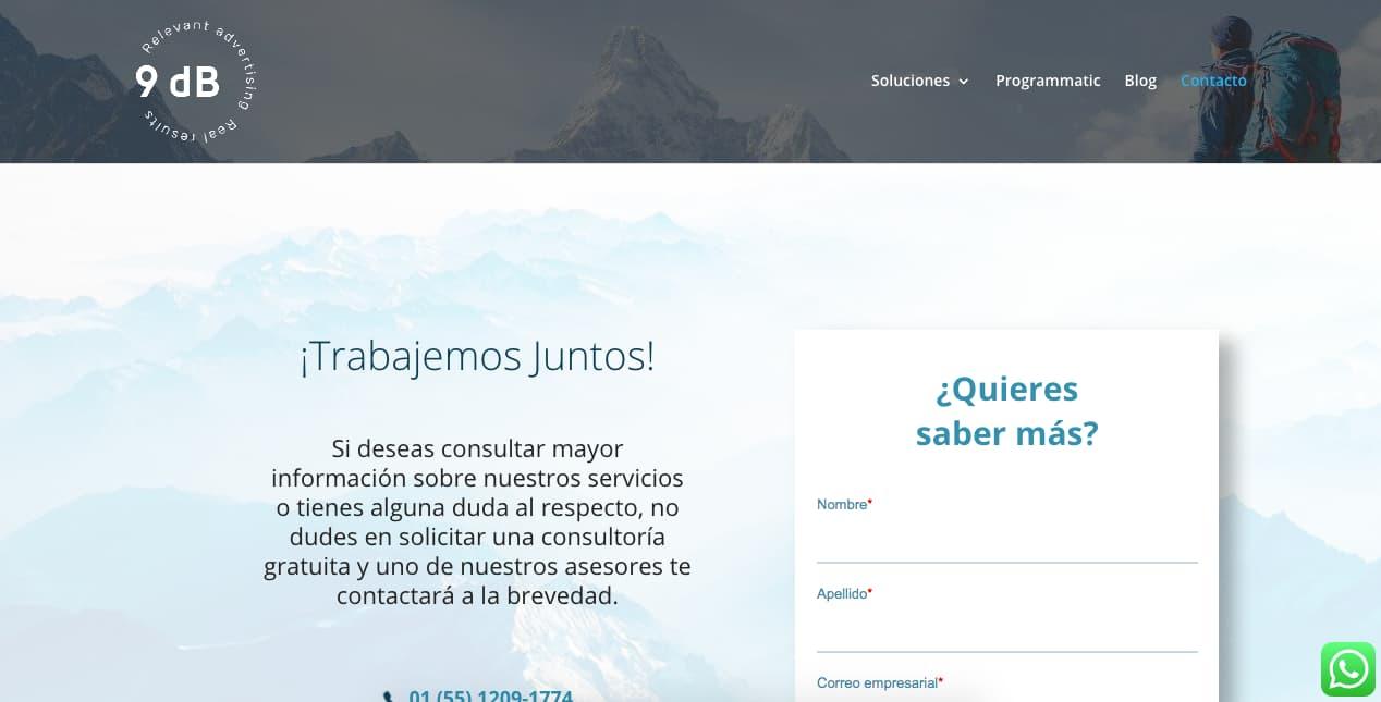 Ejemplo de página de contacto con diseño funcional y claro: 9dB
