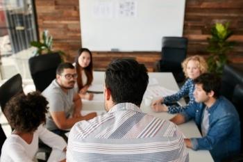 Cómo capacitar a tu equipo de ventas para que vendan más y mejor