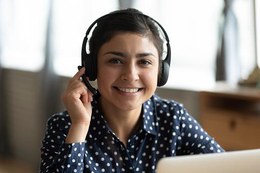 Cómo sonar humano al brindar soporte al cliente a través del chat en vivo