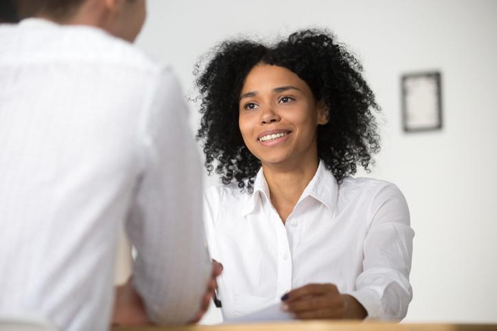 Las 5 claves para escuchar a tus clientes y responder a sus necesidades