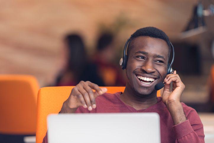 6 Maneras en las que el contenido de marketing puede ayudar a los equipos de atención al cliente