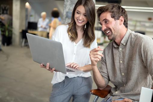 15 ejemplos de marketing de contenidos para empresas B2B