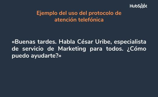 Etiqueta de atención telefónica para presentarse ante el cliente