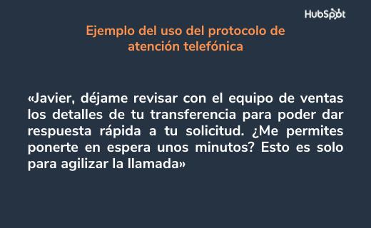 Ejemplo de etiqueta telefónica: transferir a un cliente
