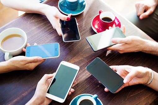 Los mejores días y horas para publicar en redes sociales [+ INFOGRAFÍA]