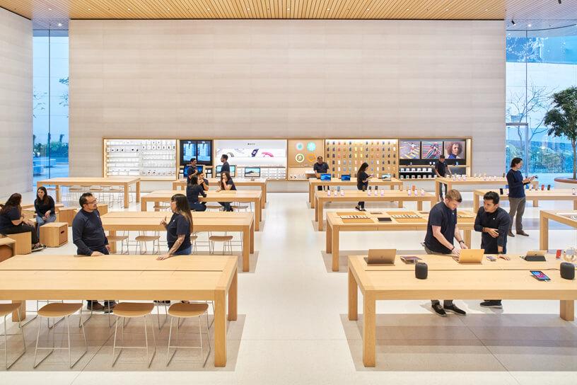 Ejemplo de neuroventas: uso de sensaciones y pruebas en las Apple Stores