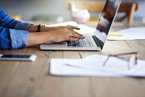 Qué es un blog y para qué sirve (+5 tips comprobados para atraer lectores)