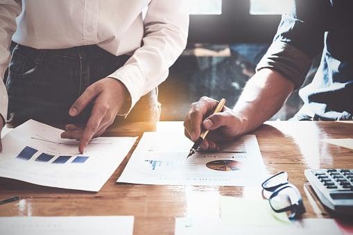 Tendencias del mercado y cómo implementarlas en tu empresa
